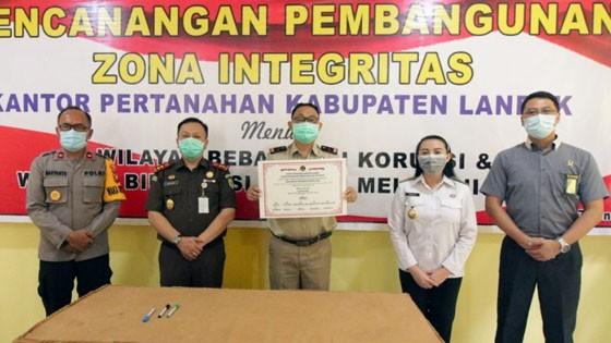 BPN Lakukan Pencanangan Zona Integritas, Bupati Landak Harap Ciptakan Kinerja Yang Bersih Melayani